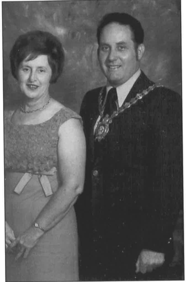 Historic Guelph Mr. & Mrs. Norm Jary V49P4